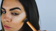 How to Contour Like a Pro: Highlight and contour like a pro with these amazing tutorial! For other beauty tutorials and more visit puckerandpout.com