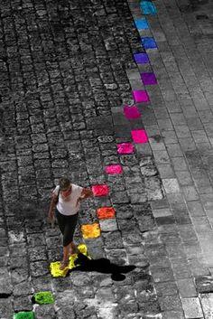 rainbow of selective color splash,,, Splash Photography, Color Photography, Black And White Photography, Color Splash, Color Pop, Color Lines, Street Art Graffiti, Black White Photos, Color Of Life