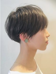【2019年夏】ベリーショートの髪型・ヘアアレンジ|人気順|23ページ目|ホットペッパービューティー ヘアスタイル・ヘアカタログ Short Bob Haircuts, Cool Haircuts, Pixie Hairstyles, Cute Hairstyles, Short Hair Cuts, Short Hair Styles, Lisa Hair, Hair Color And Cut, Grow Hair