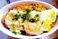 이연복 셰프에게 배운 김치볶음밥 맛있게 만드는 방법 South Korean Food, K Food, Korean Dishes, Asian Recipes, Ethnic Recipes, Main Menu, Kimchi, Nom Nom, Cooking Recipes