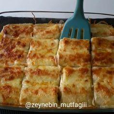 Krep sevenler çift tıklasın ❤ Sofralarınızın baş tacı olucak nefis bir lezzet kıymalı krep sarma 👌 videoyu sonuna kadar izlemenizi tavsiye… Kebab Recipes, My Recipes, Cooking Recipes, Salty Foods, Salty Snacks, Food N, Food And Drink, Pizza Pastry, Pasta