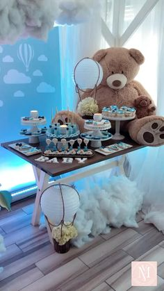 up & away Baby Shower ! - Up up & away Babyshower Sweets table ! Baby Shower Decorations For Boys, Boy Baby Shower Themes, Baby Shower Balloons, Baby Shower Gender Reveal, Baby Shower Centerpieces Boy, Baby Shower For Boys, Baby Boy Babyshower Themes, Baby Boy Christening Decorations, Baby Shower Ideas For Boys Themes