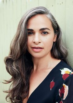 """Going Gray? Everything You Need to Embrace Your New Hair Color. """"It's okay to feel conflicted about your gray, but I guarantee everyone around you thinks you look lovely with it. Grey Hair Oil, Long Gray Hair, Grey Wig, Dark Hair, Grey Hair In 40s, Green Hair, White Hair, Purple Hair, Grey Hair Streak"""