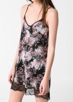 Bieliźniana sukienka w kwiaty