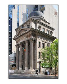 old banking Old Toronto Bank, 205 Yonge Street, Toronto, Ontario Toronto Architecture, Architecture Old, Beautiful Architecture, Toronto Canada, Toronto Winter, Canada Eh, Toronto Street, Yonge Street, Architecture Sketchbook