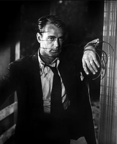 Alan Ladd in The Blue Dahlia (George Marshall, 1946)  via lanky-brunettes-with-wicked-jaws
