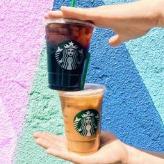 Starbucks Deal : $ 2.50 Cold Grande Beverage - http://couponsdowork.com/starbucks-deals/starbucks-deal-grande-250/