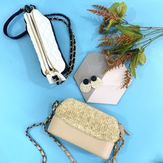 chain is half gunmetal and half gold straw material and leather combination double zip pouch with center opening sling can be turn into crossbody, shoulder or handbag length Indiana, Pouch, Shoulder Sling, Chain, Leather, Bags, Taschen, Handbags