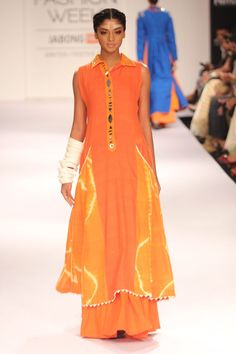 Model walks the ramp for designer Purvi Doshi at the Lakme Fashion Week Winter/Festive 2014 Day 3. #Fashion #Style #Beauty