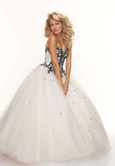 Paparazzi by Mori Lee 93053 strapless champagne prom dress. I'd feel like a princess in this dress! Quencenera Dresses, Mori Lee Prom Dresses, Prom Dresses Online, Prom Party Dresses, Dress Outfits, Prom Dress 2014, Prom Dress Shopping, Prom 2014, Sweet 15 Dresses