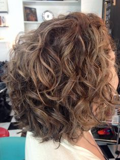 - December 18 2018 at Curly Permed Hair, Curly Hair Tips, Curly Hair Styles, Work Hairstyles, Permed Hairstyles, Shakira Hair, Short Wavy Haircuts, Curly Hair Problems, Pretty Hair Color