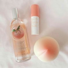 Image about peach in Waaaant🌚💞 by Luz Ma on We Heart It aesthetic Image about pink in Waaaant🌚💞 by Luz Ma on We Heart It Beauty Skin, Beauty Makeup, Beauty Care, Mascara Hacks, Peach Aesthetic, Korean Aesthetic, Aesthetic Pastel, Aesthetic Vintage, Aesthetic Girl