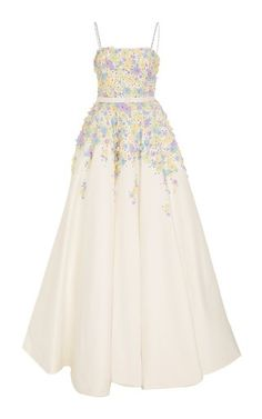 This **Viktor & Rolf** Flower Garden Gown features satin flowers and crystal embroideries with a full skirt and bejeweled straps. Pretty Outfits, Pretty Dresses, Beautiful Dresses, Evening Dresses, Prom Dresses, Formal Dresses, Long Dresses, Fairytale Fashion, Pastel Outfit