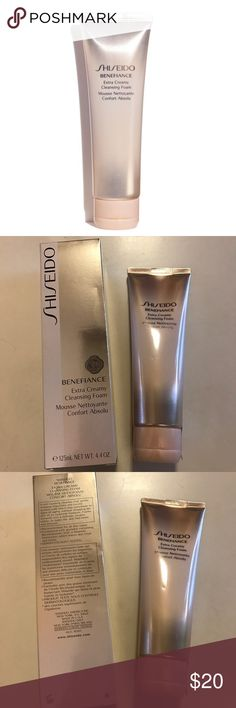 Shiseido Benefiance Extra Creamy Cleansing Foam This rich foaming cleanser gently removes impurities and excess surface cells that may contribute to signs of aging. Foams instantly into a delicate, creamy lather, for a fresh clean feel without stripping skin of essential moisture. Shiseido Other