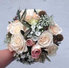 Blush and lush by Jil @ The Stables Flower Co. 02870357109