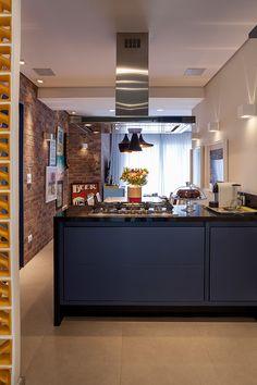 Cozinha. Produto Cerâmica Portinari. Coleção: Loft. Produto: Loft SGR. Projeto: Studio Conceptus - Fotos: Julia Ribeiro.
