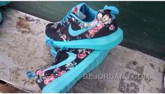 http://www.bejordans.com/free-shipping6070-off-reduced-nike-roshe-run-womens-running-shoes-black-and-blue-xfqpq.html FREE SHIPPING!60%-70% OFF! REDUCED NIKE ROSHE RUN WOMENS RUNNING SHOES BLACK AND BLUE XFQPQ Only $92.00 , Free Shipping!