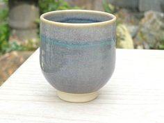 ねずみ縁湯呑み- Variegated blue-grey glaze + turquoise and cream accents