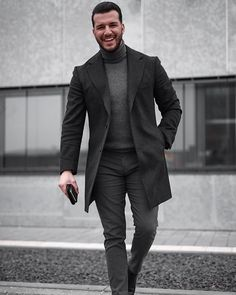 Col trui - Men's style, accessories, mens fashion trends 2020 Trajes Business Casual, Business Casual Outfits, Business Suits Men, Mens Fashion Suits, Mens Suits, Stylish Men, Men Casual, Casual Chic, Look Man