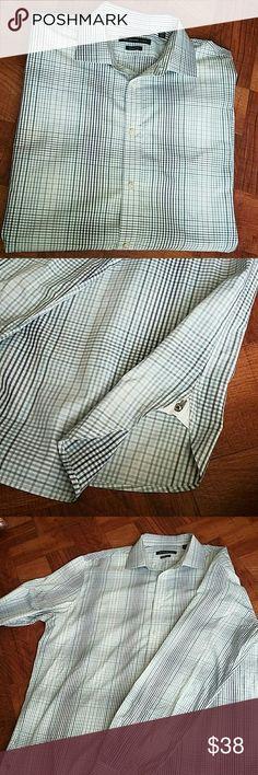 John Varvatos Grey & Blue Button Down EUC. Regular Fit. Size (XL) neck 17 chest 34/35 John Varvatos Shirts Casual Button Down Shirts