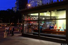 """Edward Hopper's iconic painting """"Nighthawks"""" recreated as 3D installation in NYC. Extremely cool! http://www.huffingtonpost.com/2013/08/16/nighthawks-painting_n_3768498.html?utm_hp_ref=arts=edlinkusaolp00000008"""