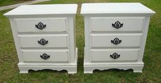 SHABBY CHIC/FRENCH PROVINCIAL,2 SIDE TABLE/NIGHT STANDS VINTAGE WHITE