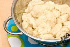 Kluski Kładzione (Polish Dumplings) - Coffee and Vanilla Polish Dumplings, Flour Dumplings, Homemade Dumplings, Dumplings For Soup, Chicken And Dumplings, Dumpling Recipe With Eggs, Chicken Soup, Pierogies Homemade, German Dumplings
