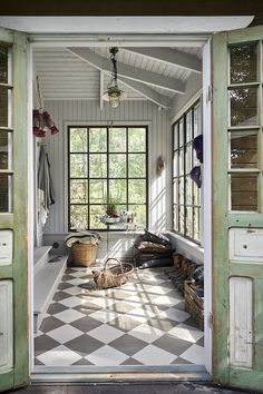 my scandinavian home: A Photographer's Charming Swedish Summer Cottage In The Woods - a veranda with white panelling and painted chequer floor. / Lantliv home A Photographer's Charming Swedish Summer Cottage In The Woods Style Cottage, Swedish Cottage, Cottage In The Woods, Swedish Farmhouse, Modern Cottage Decor, Small Cottage Interiors, Wood Cottage, Lakeside Cottage, Painted Cottage