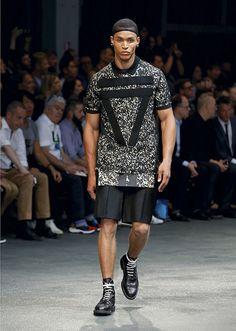 Givenchy - Homme-Printemps été 2015 - Défilé