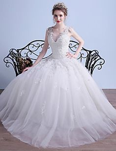 Ball+Gown+Wedding+Dress+Simply+Sublime+Floor-length+V-neck+Tulle+with+Appliques+Beading+–+USD+$+425.00