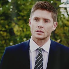 Jensen Ackles as Dean Winchester. Those eyes are showstoppers!