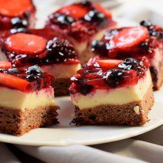 Ovocné kostky - Fitness Recepty Healthy Deserts, Healthy Cake, Healthy Sweets, Healthy Recipes, Good Food, Yummy Food, Food Inspiration, Sweet Recipes, Dessert Recipes