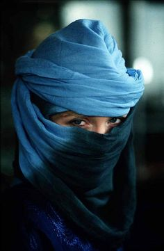 Morocco Woman in Blue #Ombre