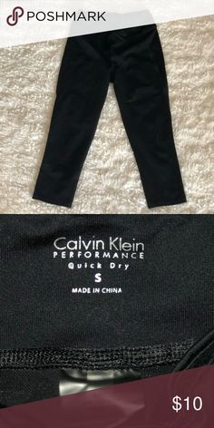 Calvin Klein Capri leggings Size small Calvin Klein Pants Leggings