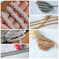 About this Bow rhinestone applique Q'ty : 1 yard Width: 1cm(0.4inches) Materials:Silver beads and