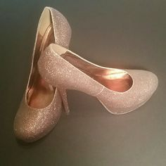 Glitter platform heels Great condition..4 inches high diva Shoes Heels