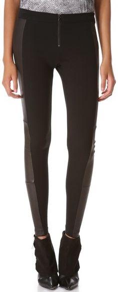 €302, Leggings noirs Alice   Olivia. De shopbop.com. Cliquez ici pour plus d'informations: https://lookastic.com/women/shop_items/12947/redirect