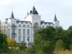 Mondänes Ostseebad Zinnowitz: An der Strandpromenade, in der Nähe der Seebrücke steht dieses Hotel.