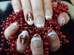 Santa christmas freehand nail art Taken at:06/12/2013 11:40:47 Uploaded at:06/12/2013 17:19:58 Technician:Elaine Moore