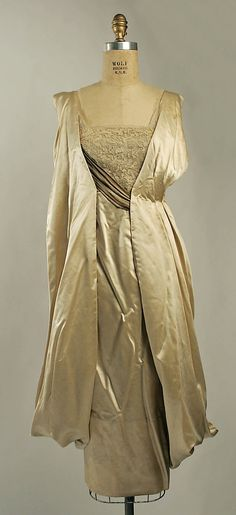 Wedding Ensemble, 1920. From the collections of the Metropolitan Museum of Art.