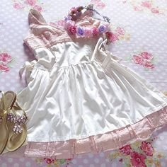 #look delicado pra dizer que é pra sempre! 💗 💍 . . . . . . #ootd #lookfofo #sweet #amo #lovely #flores #flowers me #sentindo #princesa #noivinha 💗 #vsco #vscocam #vscogood #vscobrasil #instabeutiful