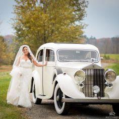 Bride | Vintage Car | Wedding Day | Bride & Groom | Winter Wedding | Love | Saratoga © Matt Ramos Photography