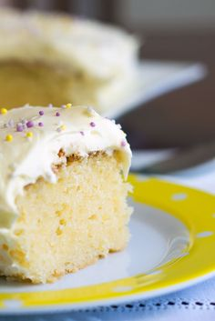 Easy Lemon and Yogurt Cake