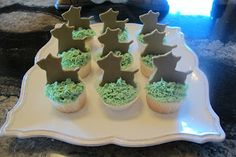 http://sewwhatscookingwithjoan.blogspot.com/  dog themed cup cakes with Sweet Amy's insanely good buttercream frosting!! Yummy!!