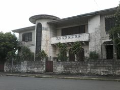 The house is owned by Atty. Librado Enriquez and his wife Josefina Gala. It has Corinthian columns and the stairs and veranda were mostly curved. Exotic Beaches, Tropical Beaches, Philippine Houses, Enjoy The Sunshine, Classic Architecture, Crystal Clear Water, Tourist Spots, Enjoying The Sun, During The Summer