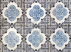 Building covers of heritage motifs in portuguese glazed tiles, Lisbon - Portugal