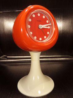 eBay, c'est vous! Achetez KAISER clock alarm orange/white tulip reveil tulipe space age 70's vintage dans la catégorie Art, antiquités, Meubles, décoration, XXème, Design du XXème siècle, Réveils sur eBay, au format Enchères ou à Prix fixe!