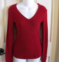 Saks Fifth Avenue Cashmere Sweater Red V-Neck Sz XS Womens Valentine SFA Love #SaksFifthAvenue #VNeck