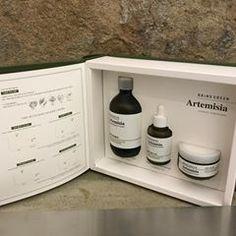 요즘 미세먼지도 그렇고 여러모로 예민한 피부! 피부진정에 쑥이 좋대요! 올리브영 브링그린에서 구매할 수 있어요오 기초로 2주동안 사용해봐야지 #브링그린 #사철쑥크림 #쑥크림 #진정한진정 #올리브영 #AD Skincare Packaging, Cosmetic Packaging, Beauty Packaging, Corrugated Packaging, Biodegradable Packaging, Box Manufacturers, Cosmetic Design, Medical Design, Merchandising Displays