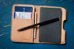 one star leather goods | the park sloper II (includes moleskine notebook and fisher space pen stowaway)